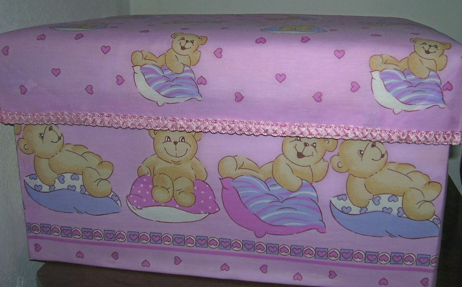 Caja forrada en tela para bebe recrear manualidades arte for Forrar cajas de carton con tela