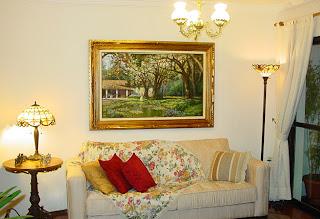 Dekorieren der Zimmer mit Gemälden