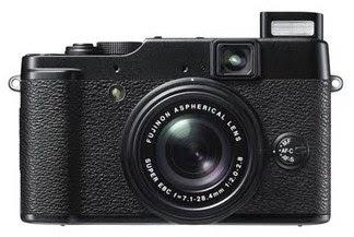Harga Fujifilm X10