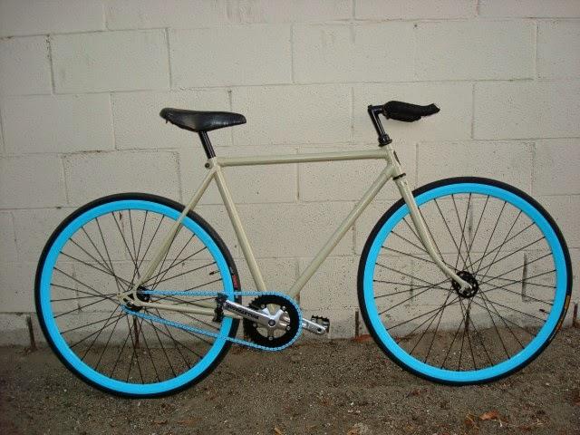 Bentukan Sepeda Fixie, Ringkas Tanpa Kabel Rem