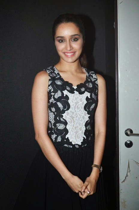 Shraddha Kapoor Promotes Haider Movie on India's Raw Star Sets