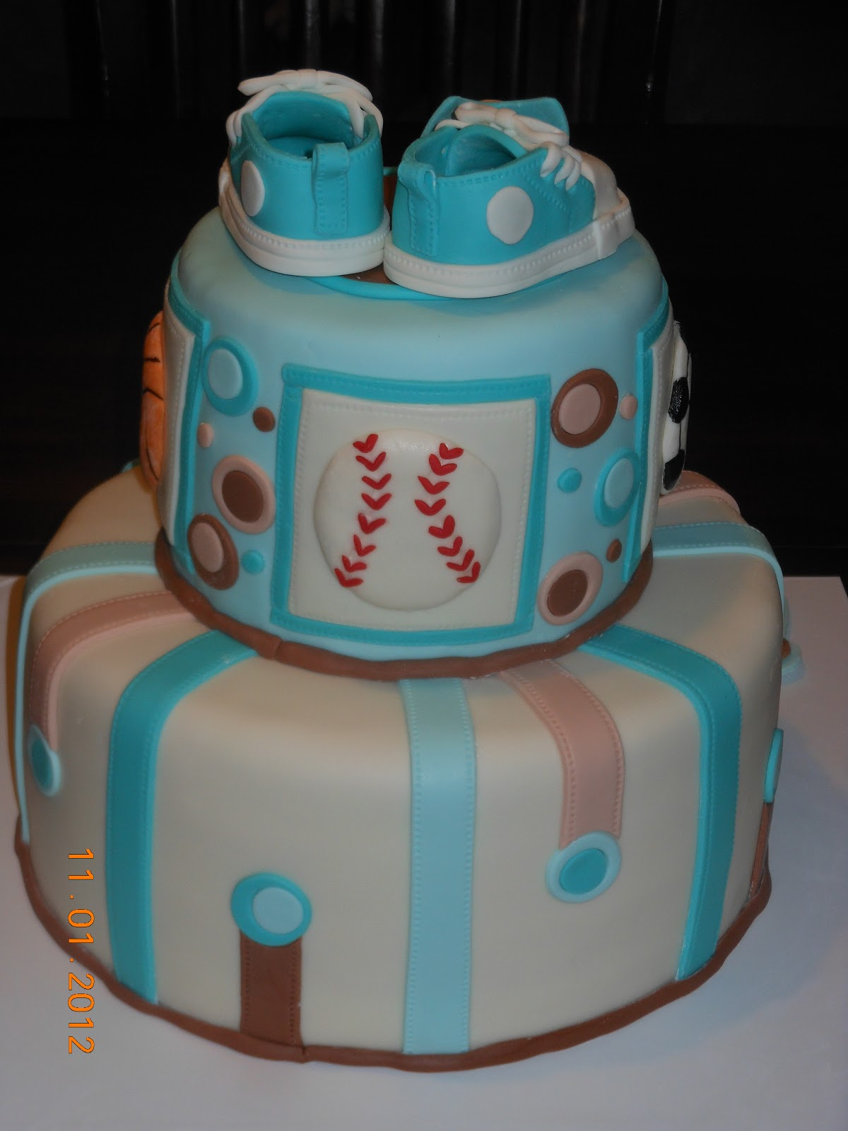 It s a piece of cake: Sports Baby Boy Shower Cake