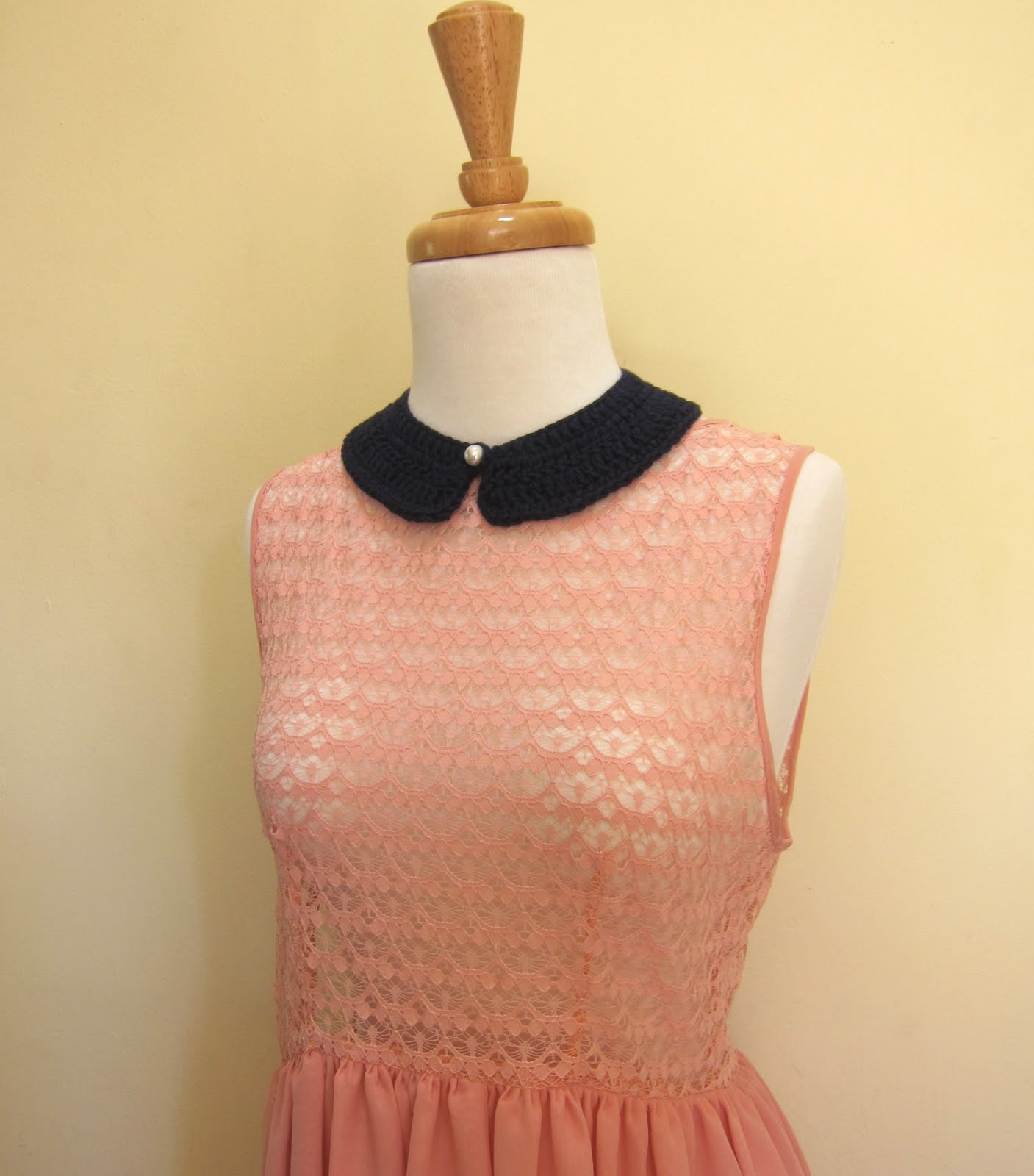 Mel P Designs: Free Crochet Peter Pan Collar Pattern
