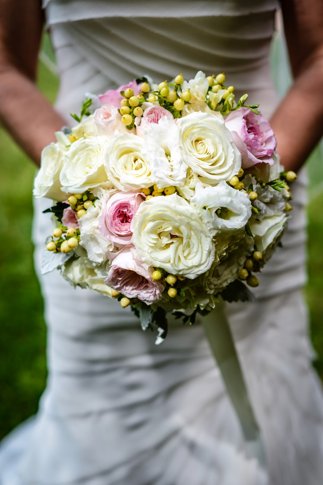 Lake Placid Wedding - The Whiteface Lodge Wedding - Blush and Cream Garden Rose Bouquet - Upstate NY Wedding - Splendid Stems Floral Designs