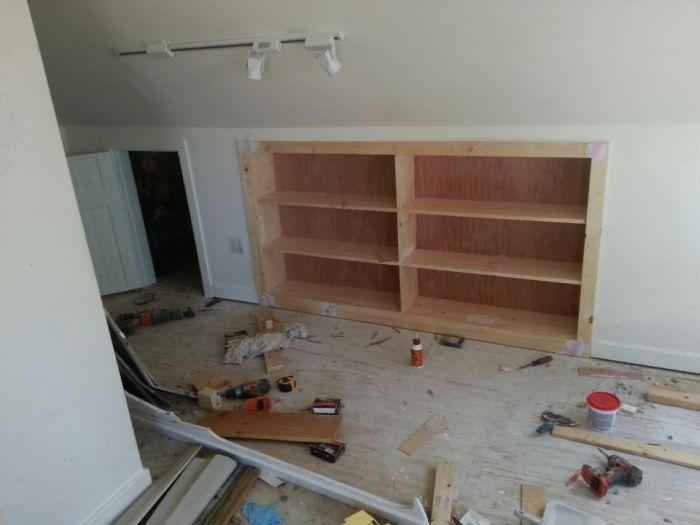 Новый шкаф встроенный в стену