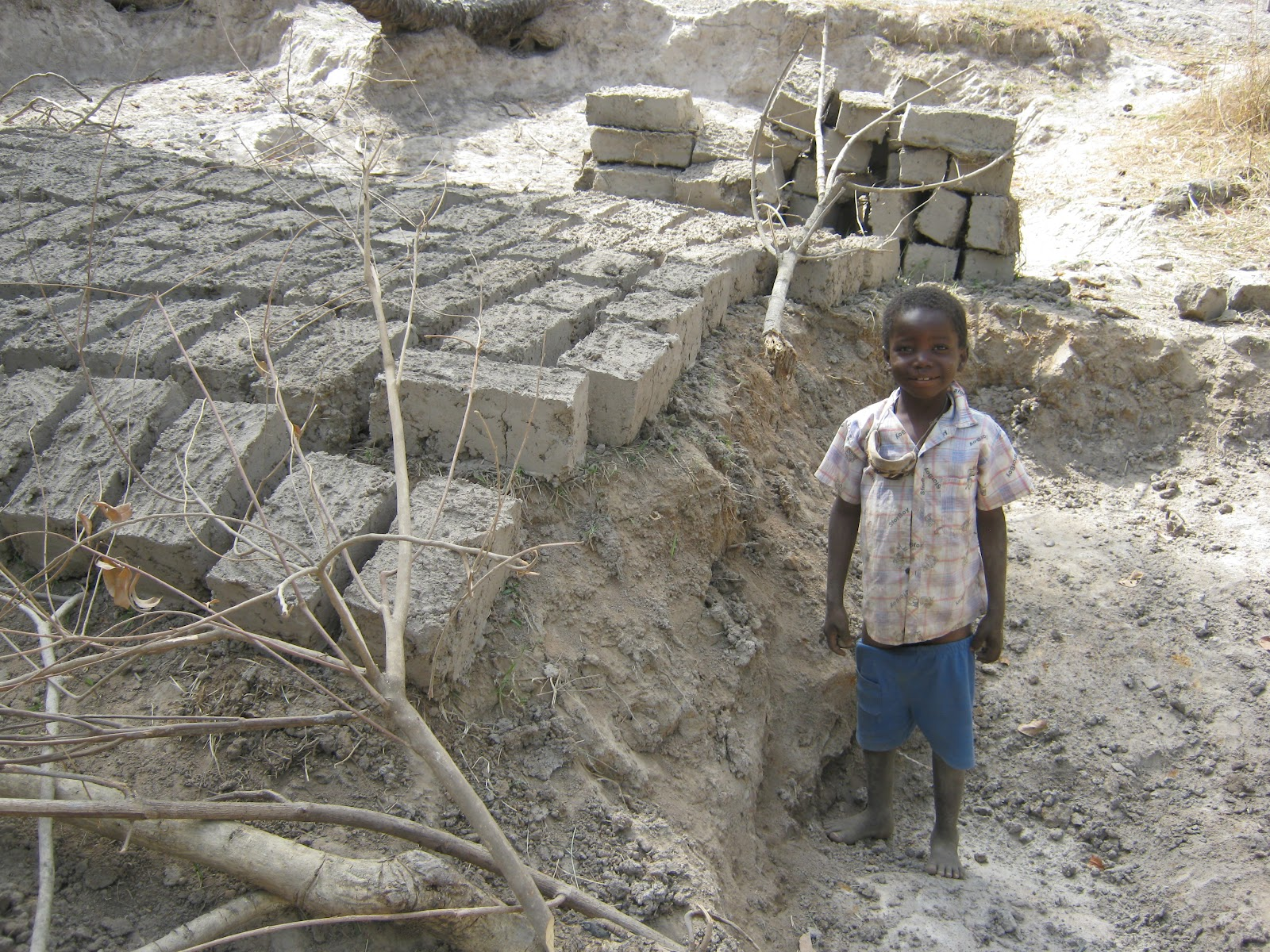 how to make mud bricks strong