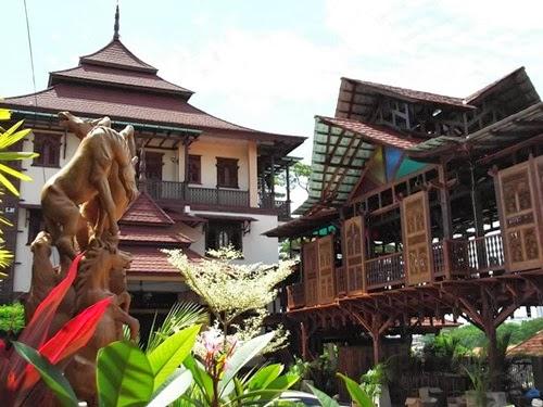 Villa Warisan J.A