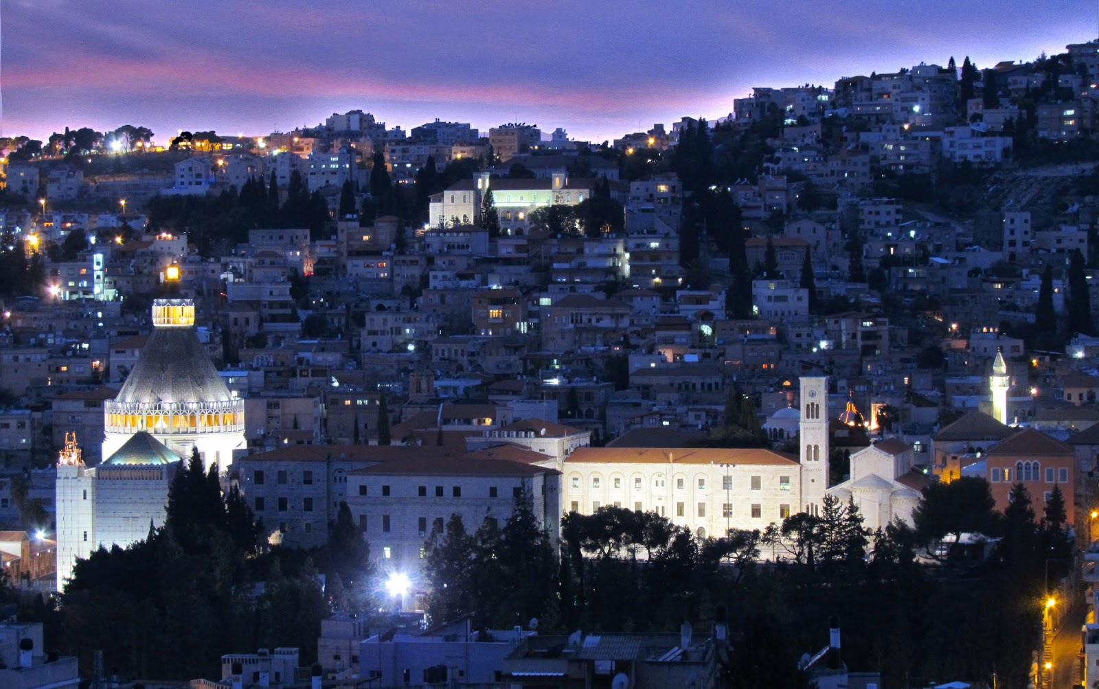 Watch moreover  additionally Saw Mill Tiny House furthermore Nazareth Voyage To Nazareth Israel likewise Casas Luxuosas Em Miami. on modern house on hillside