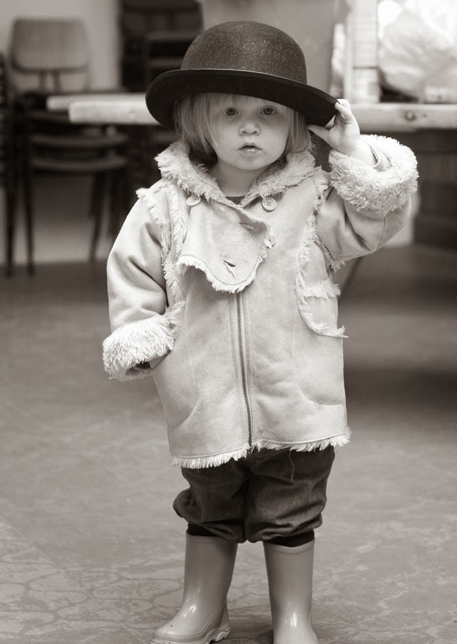 Coco in her bowler hat by Alexis at www.somethingimade.co.uk