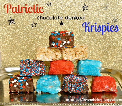 Perfect for Memorial Day or the 4th of July! Patriotic Chocolate Dunked Krispies https://backforseconds.com  #4thofjuly #memorialday #recipe #nobake #ricekrispietreats