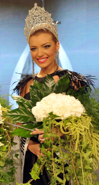 miss cyprus universe 2011 winner andri karantoni