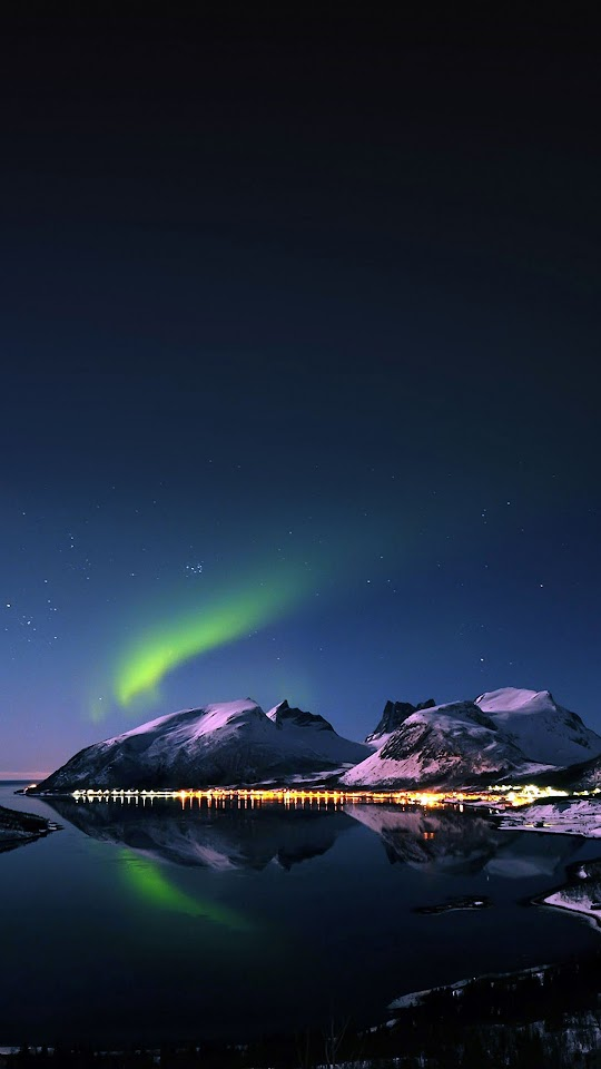 Aurora Night Snow Mountains Dock Lights  Galaxy Note HD Wallpaper