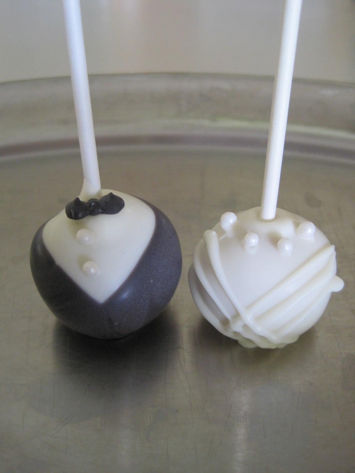 I Heart Cakes: Bridal Shower cake and cake pops