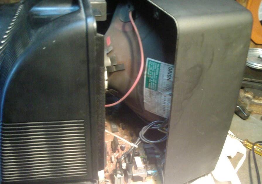 Come si fa a riparare un televisore che non si - Scaldabagno elettrico non si accende ...