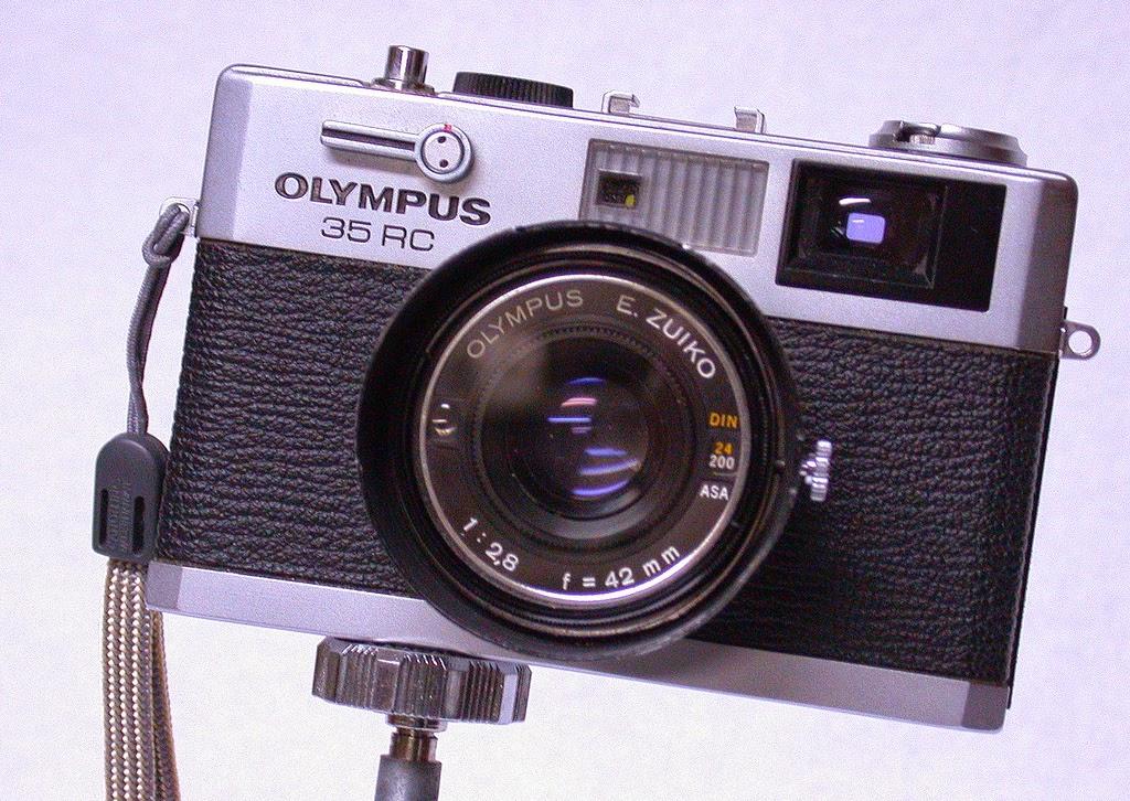 Random Camera Blog: Olympus 35RC - A Reliable Camera