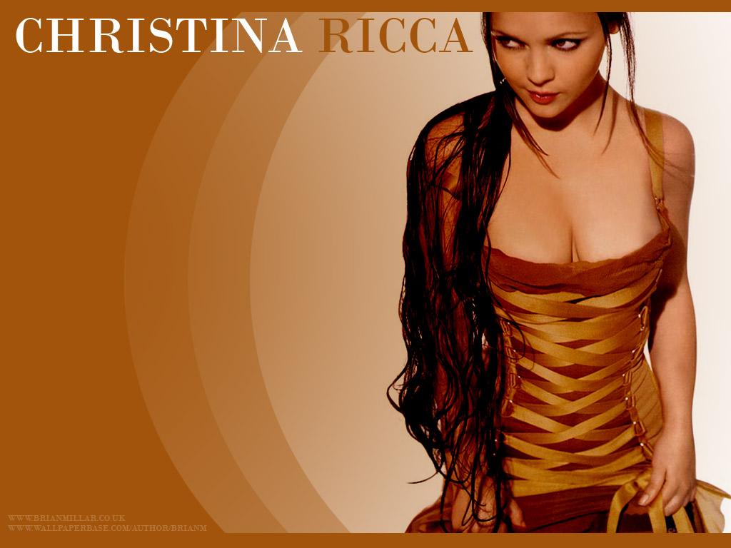http://2.bp.blogspot.com/-EpNHziV1WNA/T8dHWYk2vdI/AAAAAAAAFQ8/gkeH8C-xqNg/s1600/christina_ricci_wallpaper_0.jpg