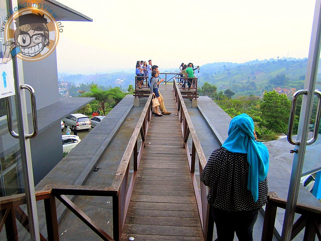 Akses jembatan lawangwangi