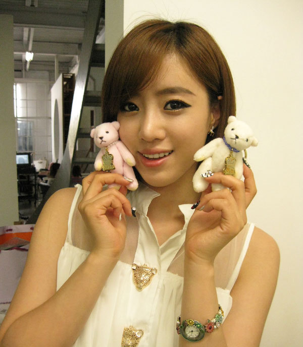 T-ara+Eunjung+Bear+Strap.jpg