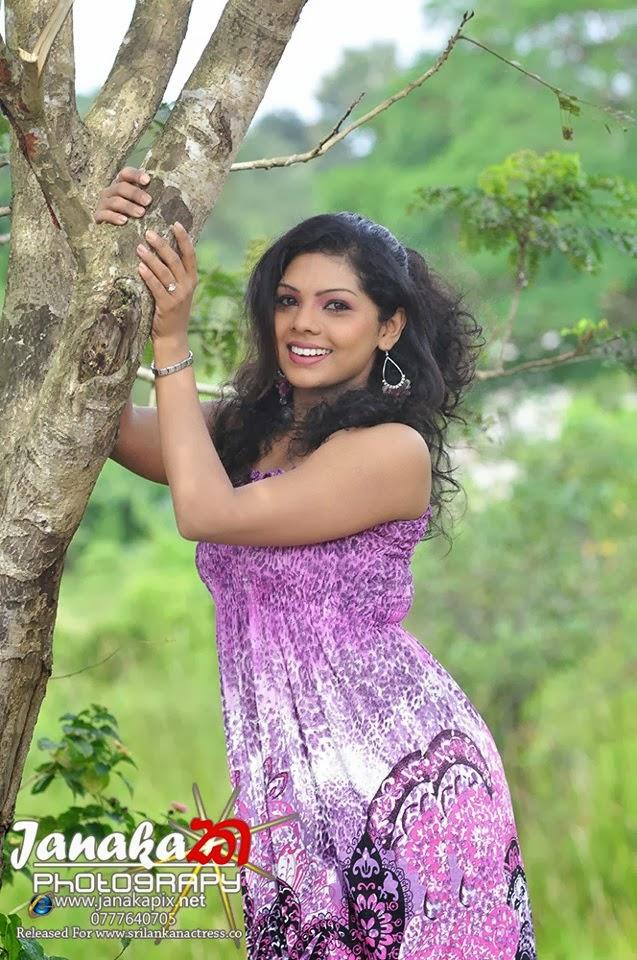 naked Nirosha thalagala