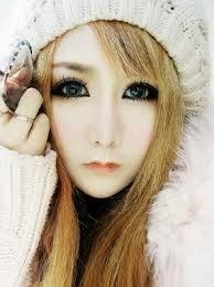 maquillaje de ojos de muñeca