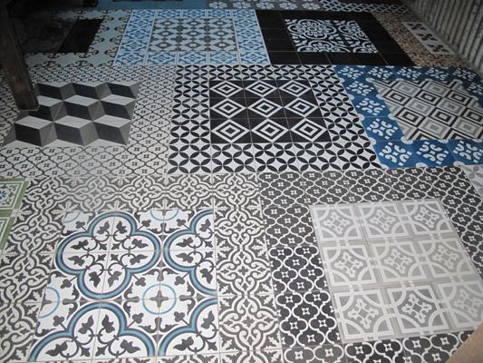 Retro floor tiles uk