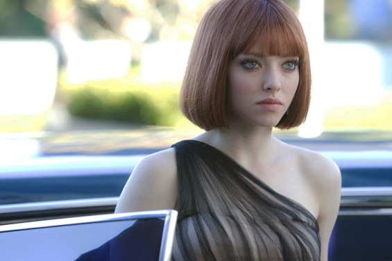 HOW HOT IS AMANDA SEYFRIEND IN
