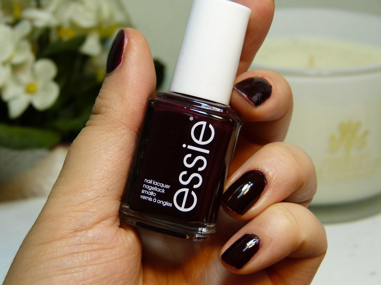 Essie diyor ki Essie Oje