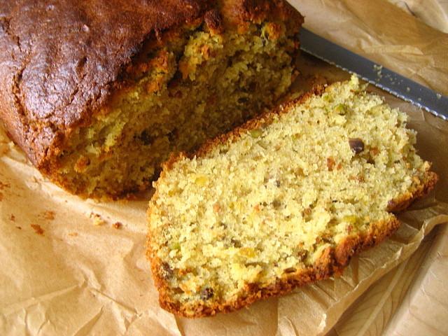 Stacey Snacks: Marcella Hazan's Pistachio Olive Oil Cake