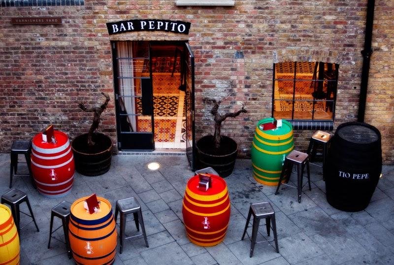 Botas de Tío Pepe en Bar Pepito