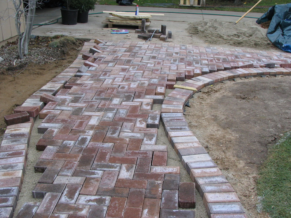 My new model backyard landscaping ideas pavers for Landscaping bricks