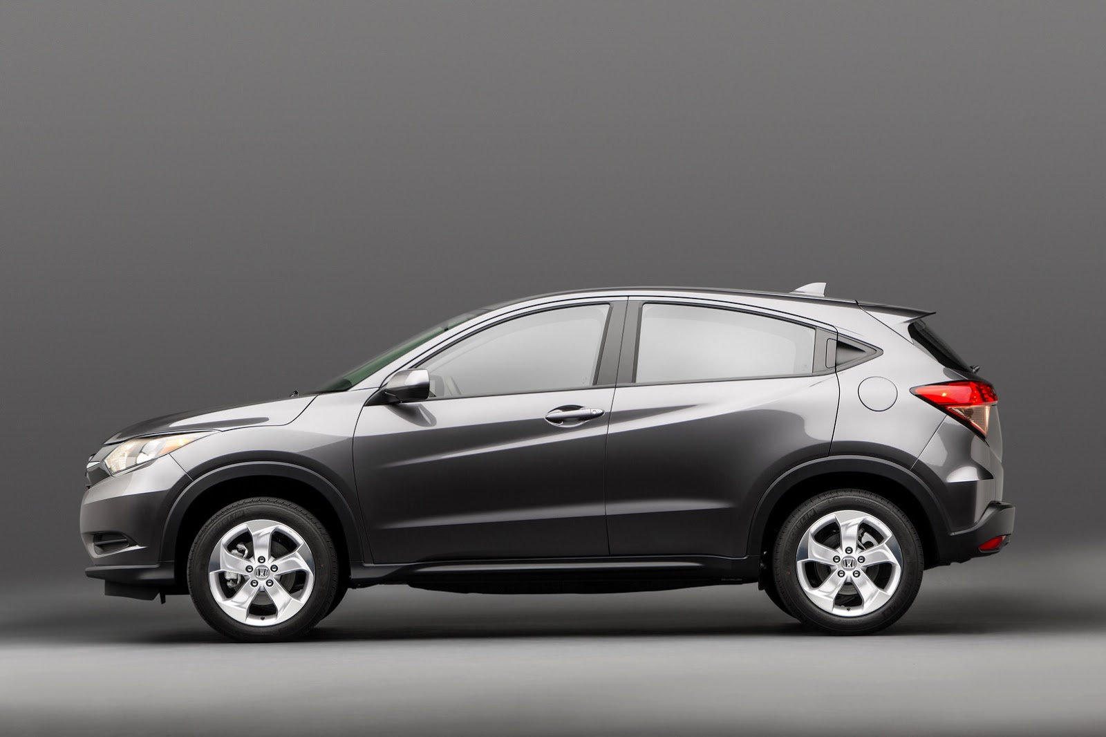 north america this is your 2016 honda hr v small crossover. Black Bedroom Furniture Sets. Home Design Ideas