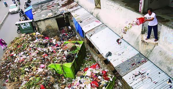 Jokowi : Buang Sampah Sembarangan Didenda 500 Ribu
