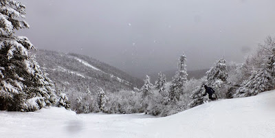 Skiing Hawkeye at Gore Mountain, Saturday 03/28/2015.  The Saratoga Skier and Hiker, first-hand accounts of adventures in the Adirondacks and beyond, and Gore Mountain ski blog.