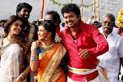 Velayudham Tamil Movie Wallpapers - Stills of Vijay, Genelia and Saranya