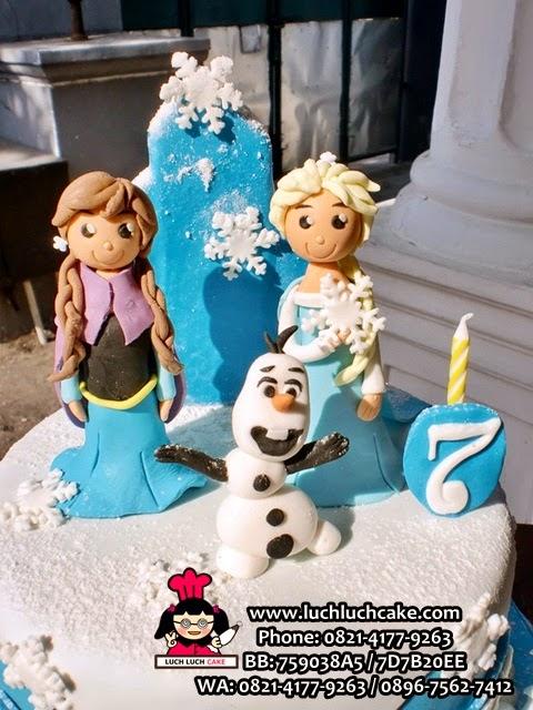 elsan, anna, olaf 3d Cake