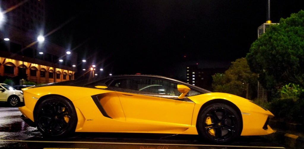 Black And Yellow Lamborghini Aventador Fit For Wiz Khalifa