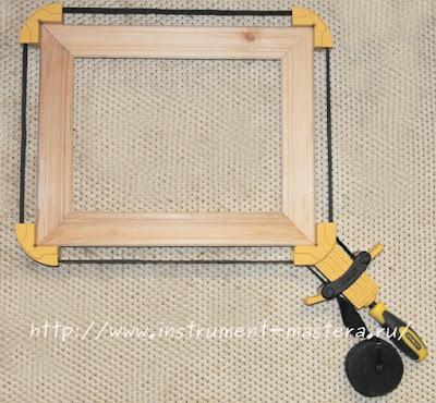 Стягивание рамки ременной струбциной