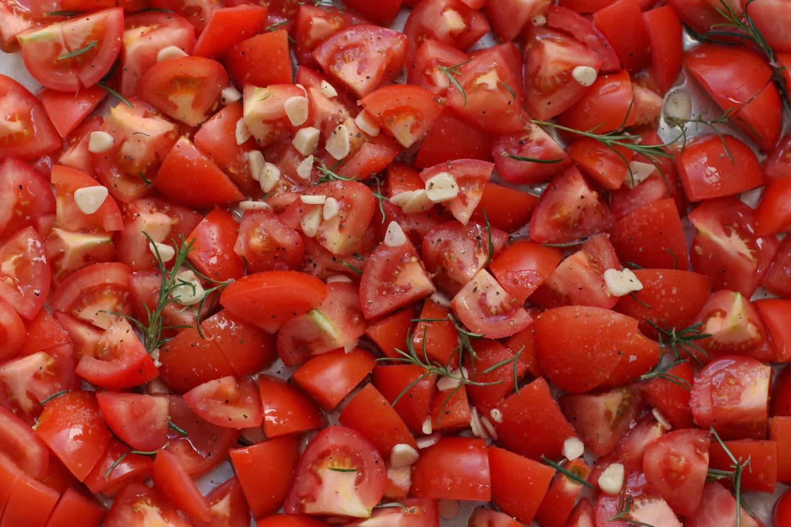 Fuggle Antics: Slow Roasted Tomatoes