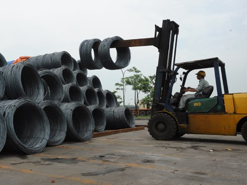 Giá sắt thép xây dựng đầu năm 2014 có thể tăng nhẹ