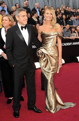 stacy keibler en ajustado vestido en el 84 oscar 2012