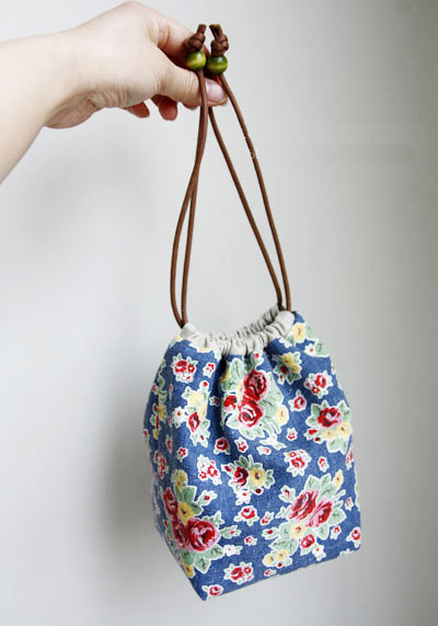 How To Make A Reversible Drawstring Bag Diy Pattern Tutorial