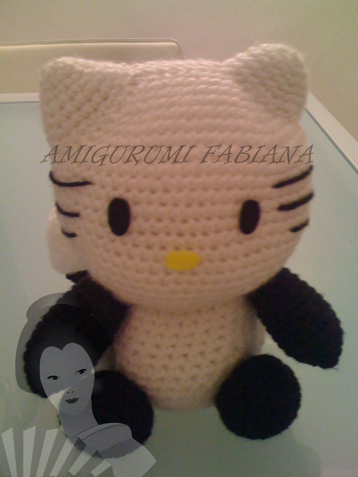 Amigurumi Tarepanda : Amigurumi Fabiana: Hello kitty travestina da Tarepanda