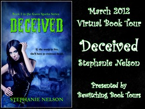 {Excerpt+G!veaway} Deceived by Stephanie Nelson