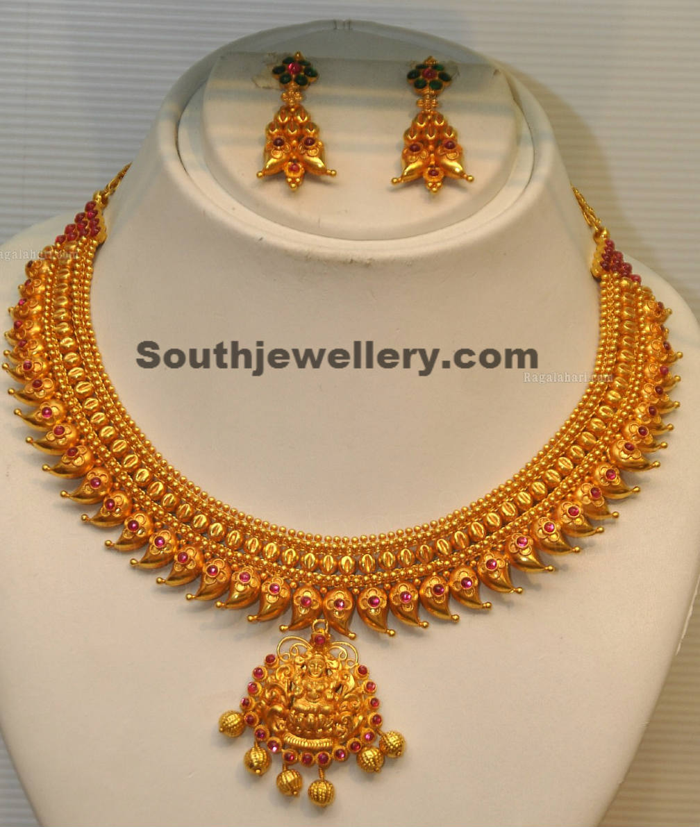 traditional mango necklace jewellery designs