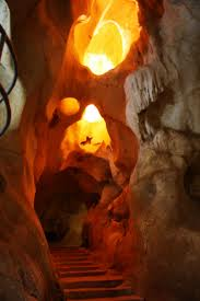 Sala del Volcán. La sala más profunda y calurosa. Cueva del Tesoro