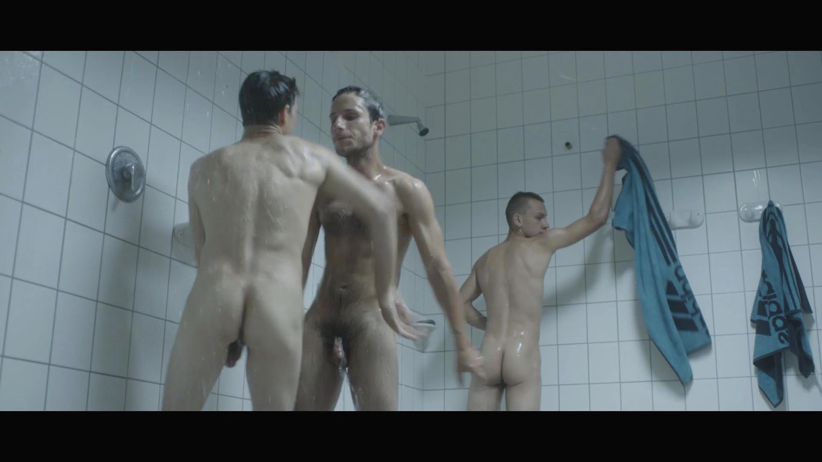 Male Frontal Nudity In Movies 20