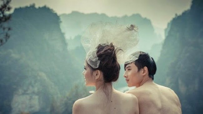 "Heboh Foto ""Pre-wedding"" Bugil di Cina"