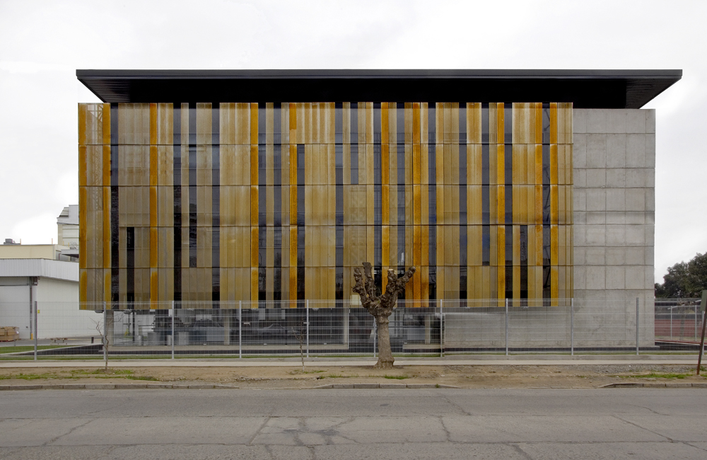 Architecture art code facade nestle social block by for Double g architecture