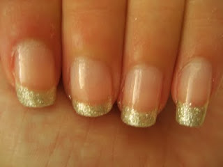 simple glitter french tip nails