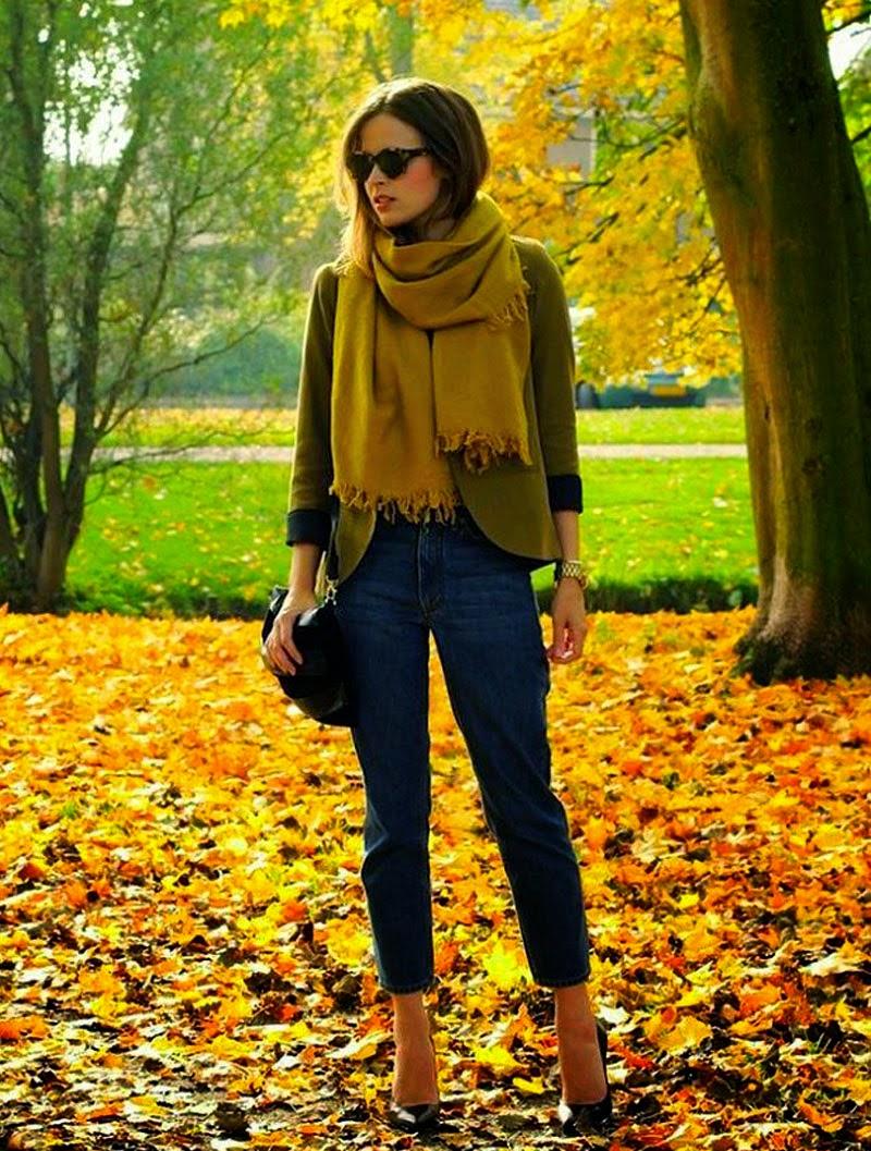 moda mujer empañó amarillo